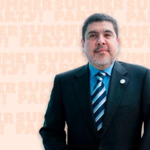 Carlos Espinoza Cordero, Una nueva visión de la Educación