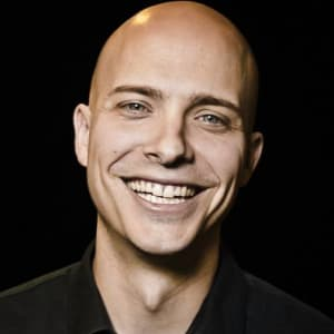Join for a fireside chat with Derek Andersen, Founder and CEO of STARTUP GRIND!