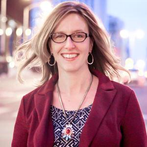 Lara Galloway (Mom Biz Coach)