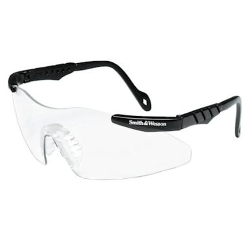Magnum Black Spectacle