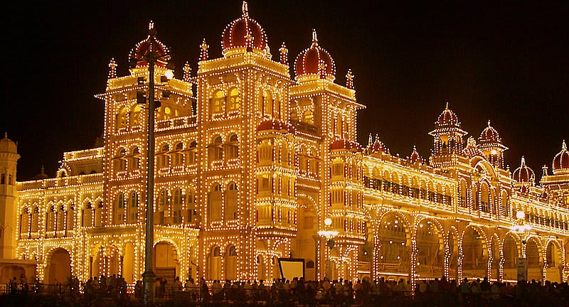 Hire a car and driver in Mysore