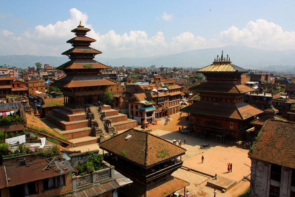 Hire a car and driver in Bhaktapur