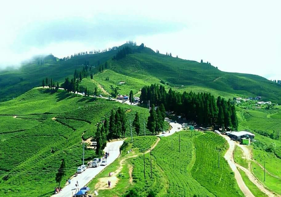 Hire a car and driver in Ilam