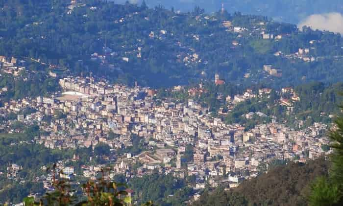 Hire a car and driver in Kalimpong