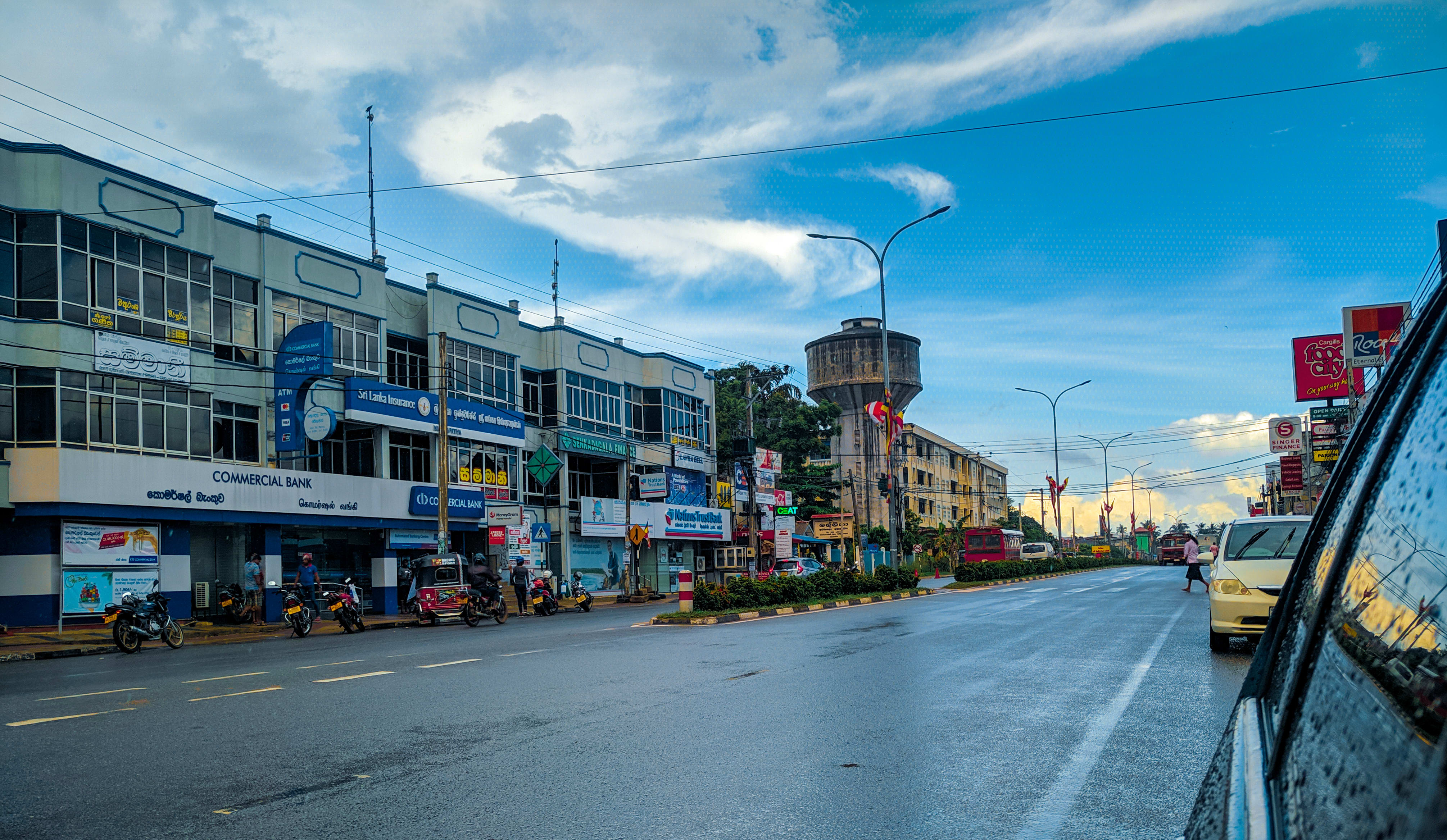 Hire a car and driver in Kuliyapitiya