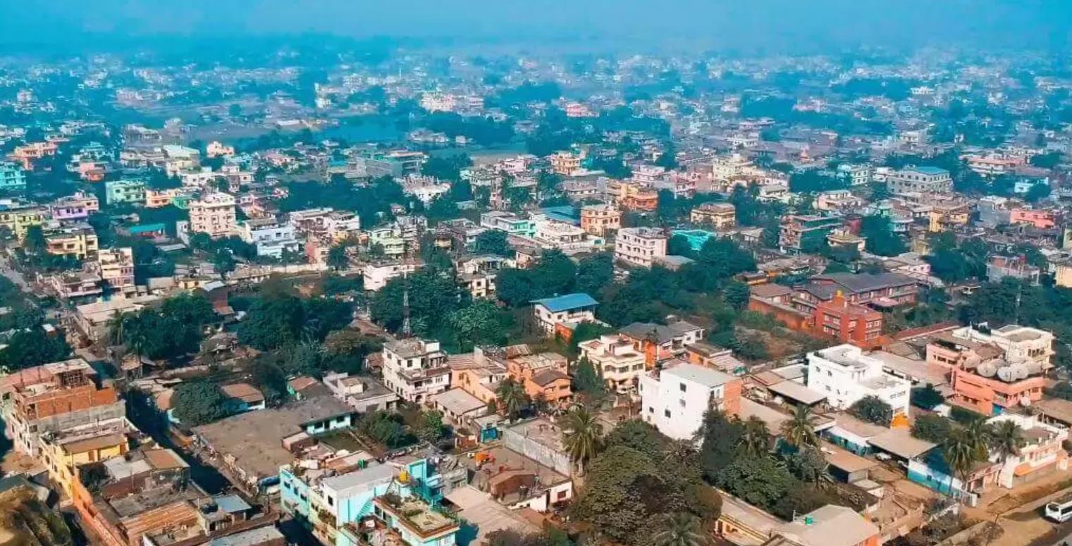 Hire a car and driver in Biratnagar