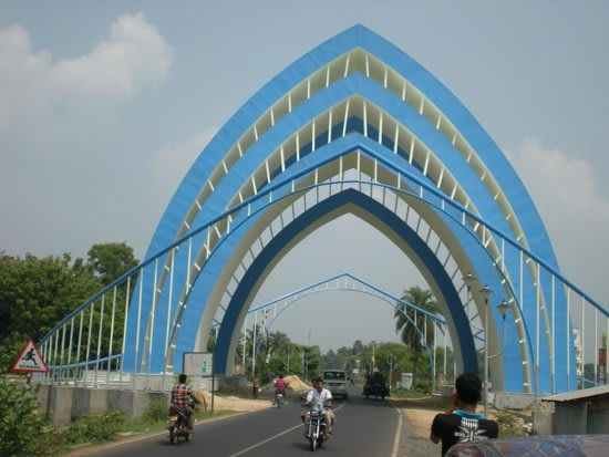 Hire a car and driver in Nandakumar