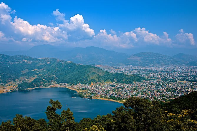 Hire a car and driver in Pokhara