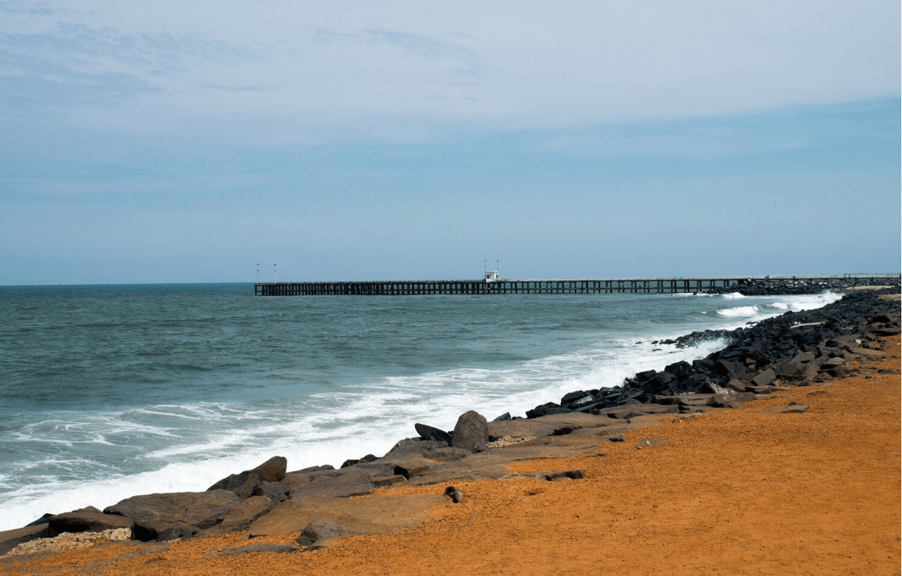 Hire a car and driver in Pondicherry