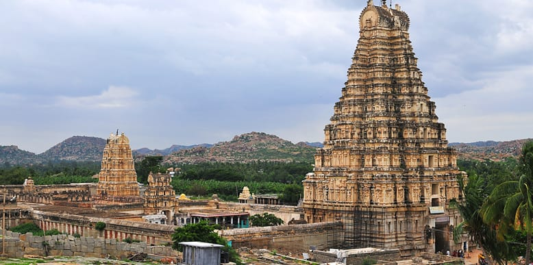 Hire a car and driver in Hampi