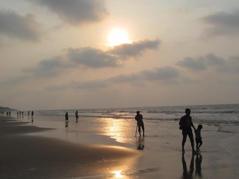 Hire a car and driver in Digha