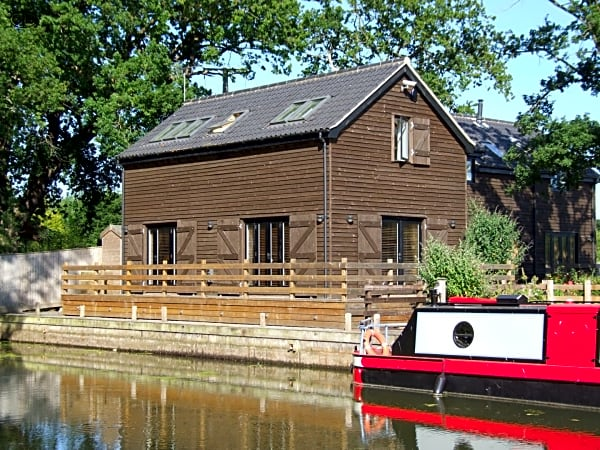 The Boathouse - Holiday Cottage, Norfolk Broads UK