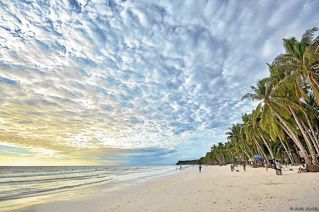 Tourism's immediate future: Road trips, staycations