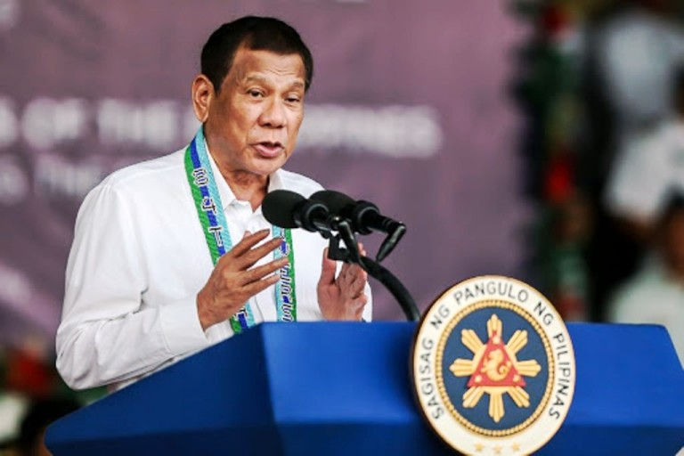 Philippine President Encourages Travel within the Country to Support Tourism
