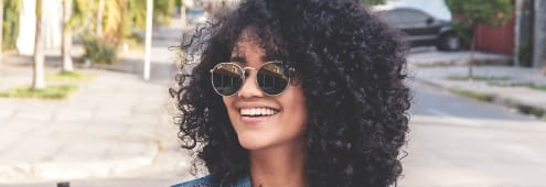 Tame Your Curly hair with Aussie 3 Minute Miracle Frizz Fixer