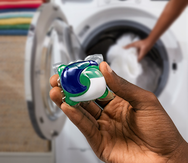 Discover How Tide PODS® and Tide POWER PODS® Work