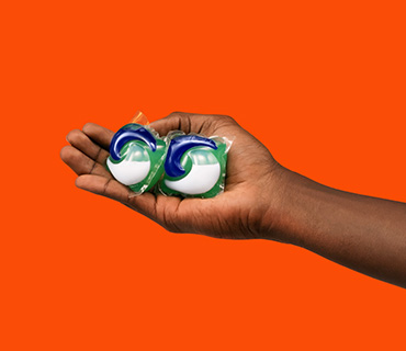 Discover How Tide PODS® and Tide POWER PODS® Work, and Enjoy a Worry-Free Clean