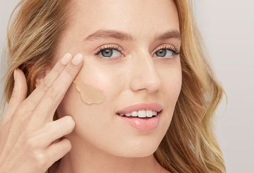How and when to apply BB and CC creams