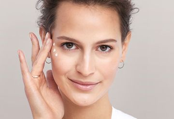 All about retinol eye creams for under the eyes