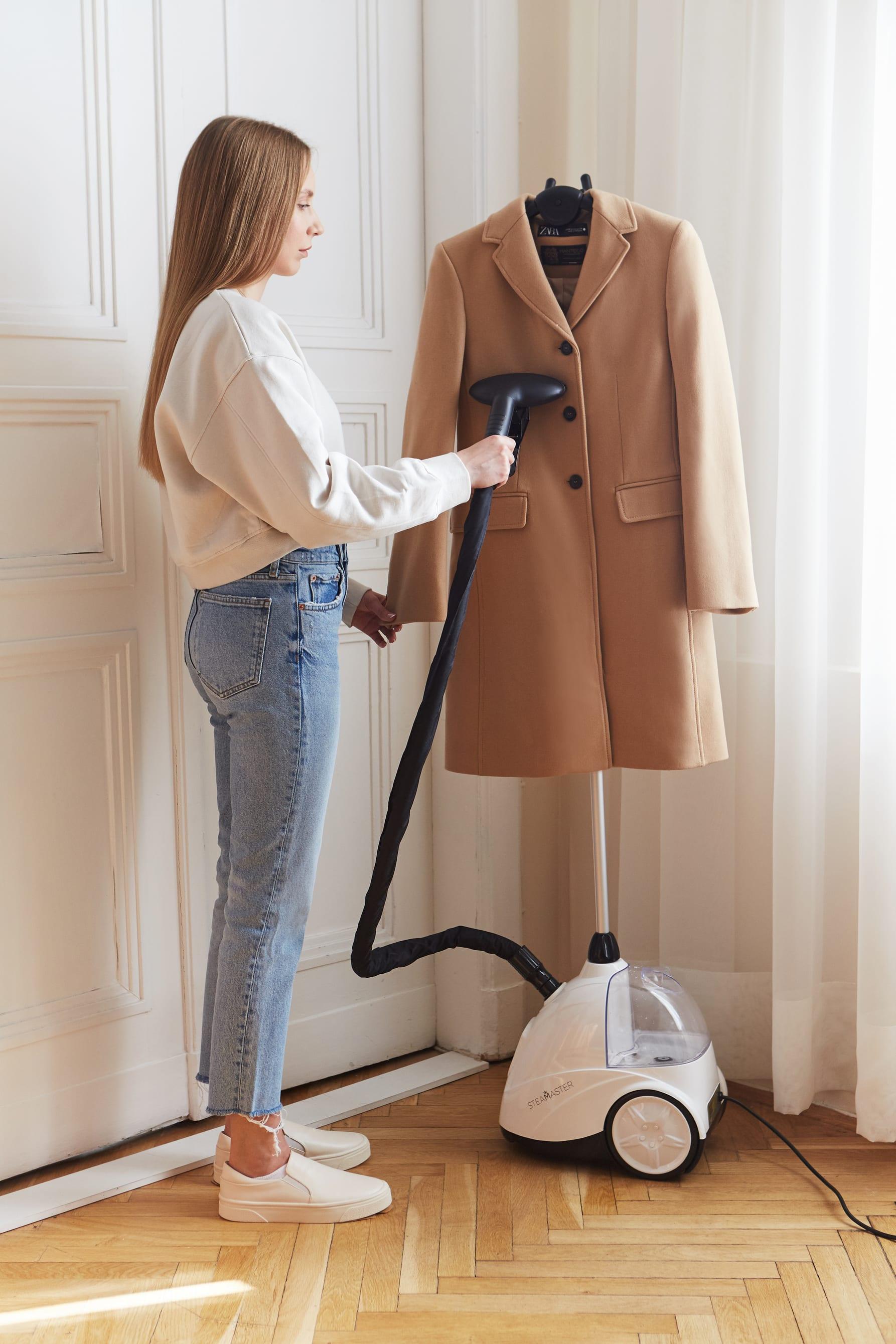 prasowanie płaszcza