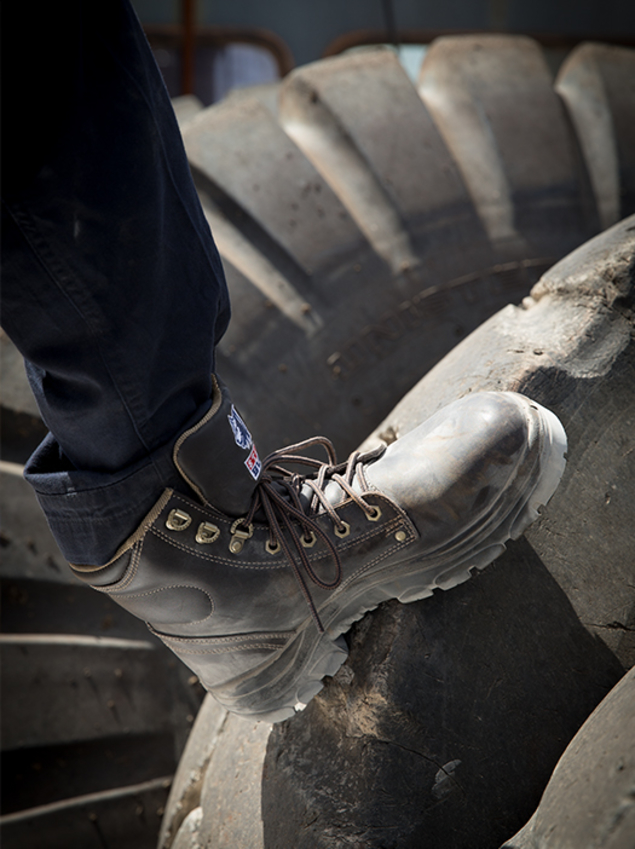 steel-blue_foot-protection