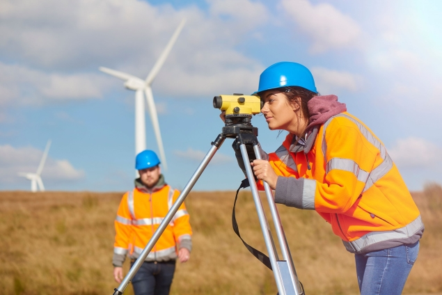 Wind turbine – CSR LR (iStock-506483318)