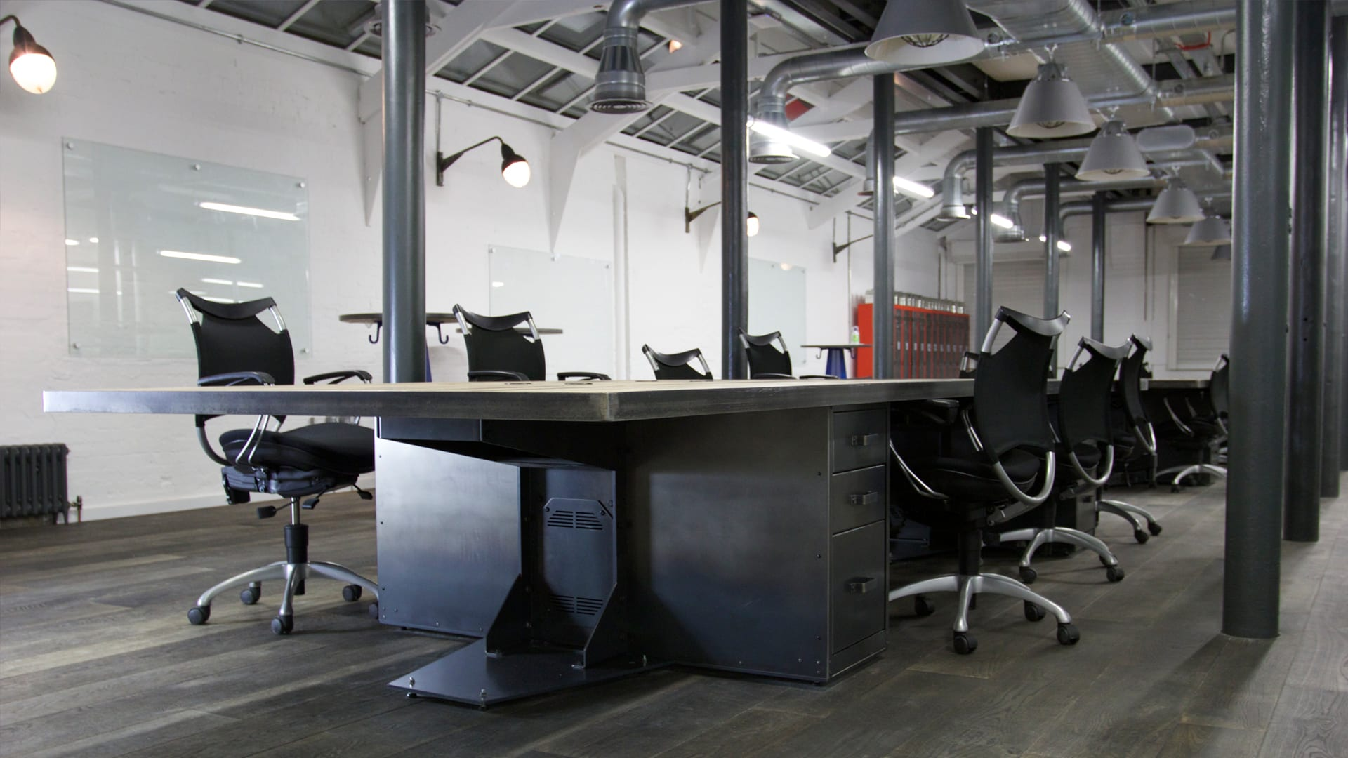 Steel Vintage Blog - 5 Easy Ways to Transform Your Office Space