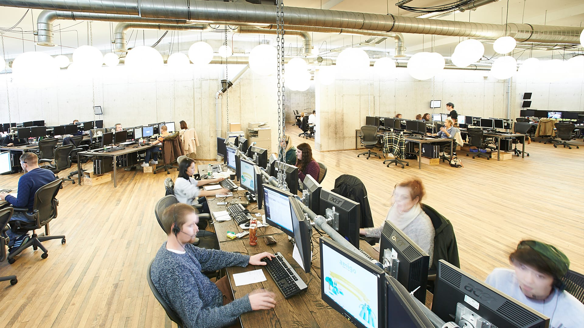 Amigo Loans   Workshop Industrial Office Desks