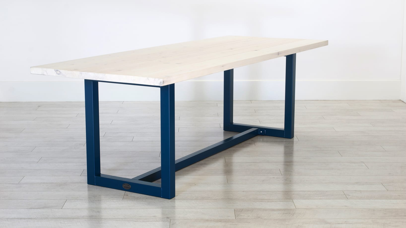 SV-BLUE-TABLE-PINE-DARK