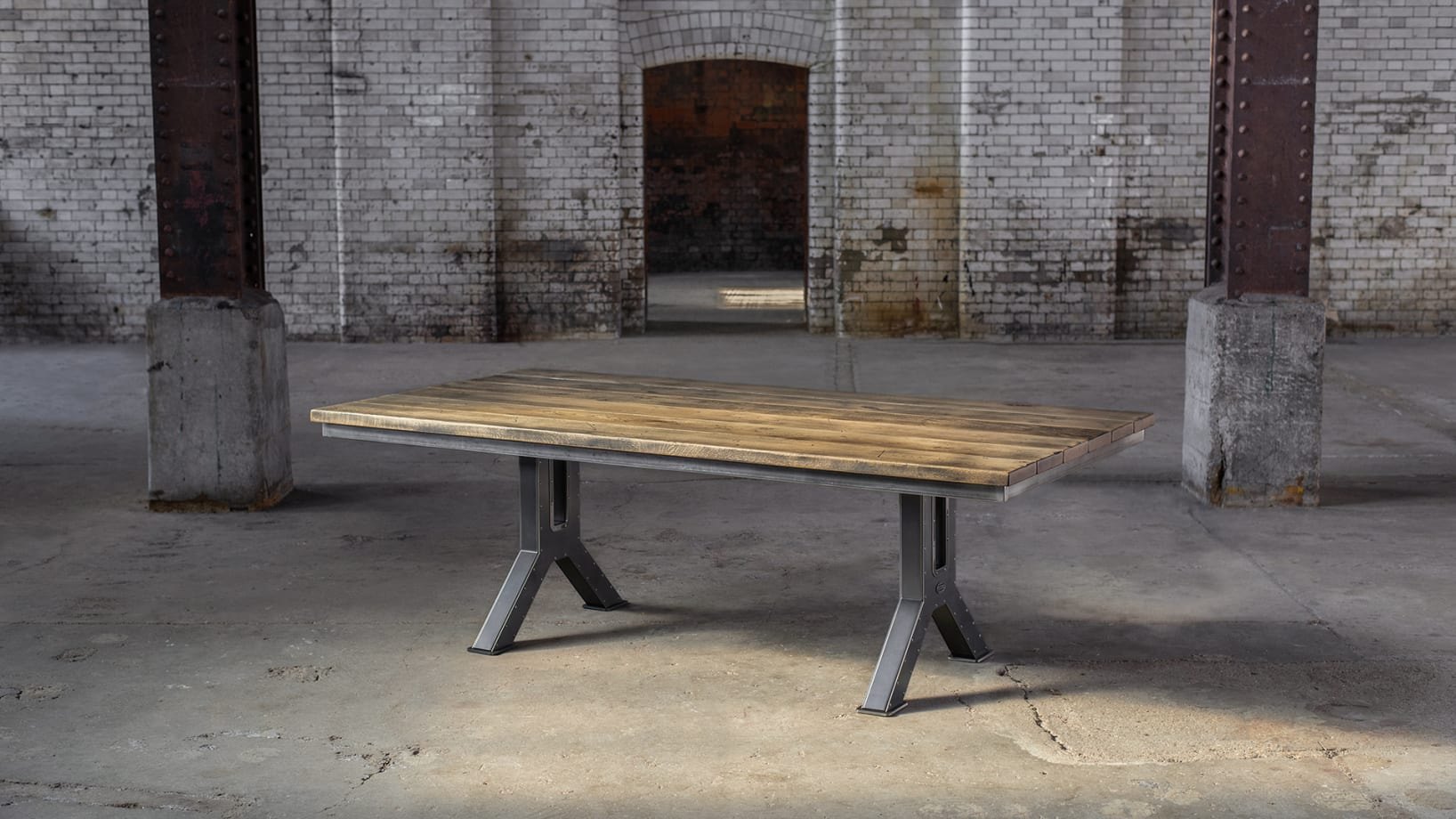 SV-ENGINEERING-TABLE-M2-PS-001