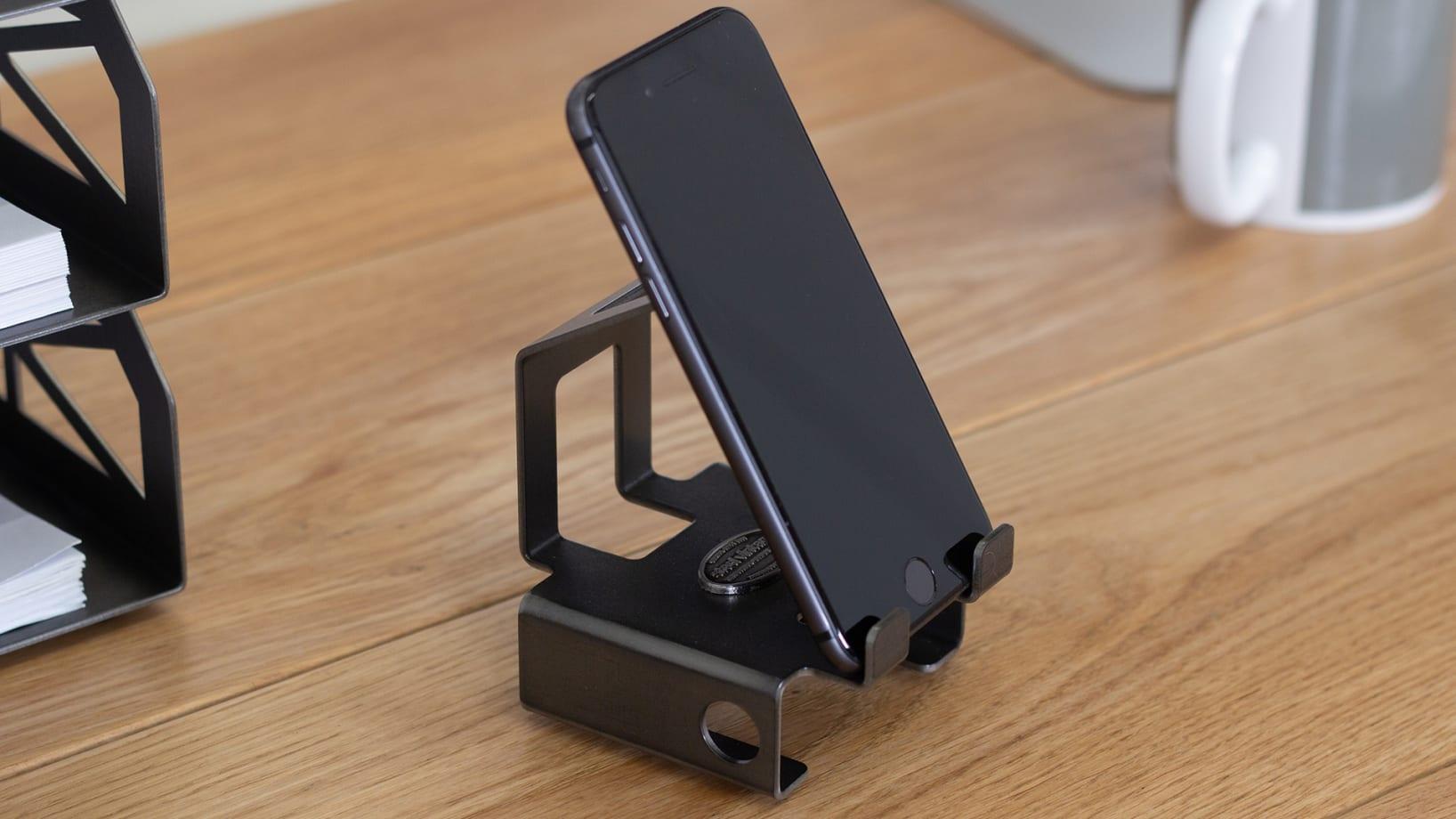 Steel Vintage Mobile Phone Stand