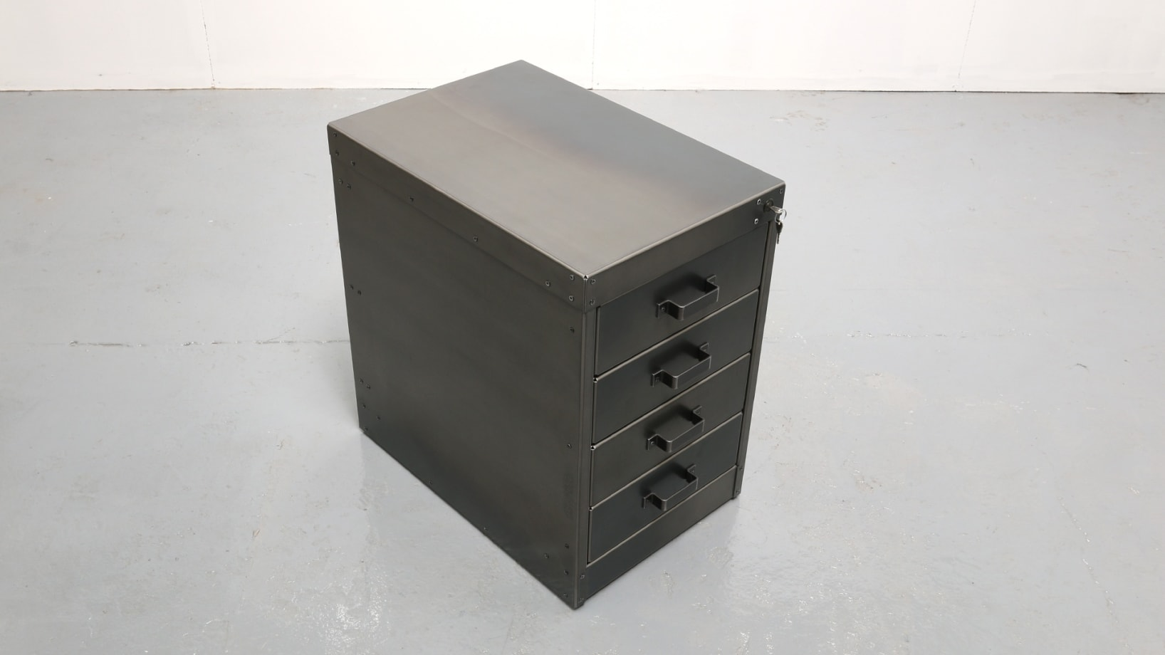 SV-SMALL-4-DRAWER-UNIT-001