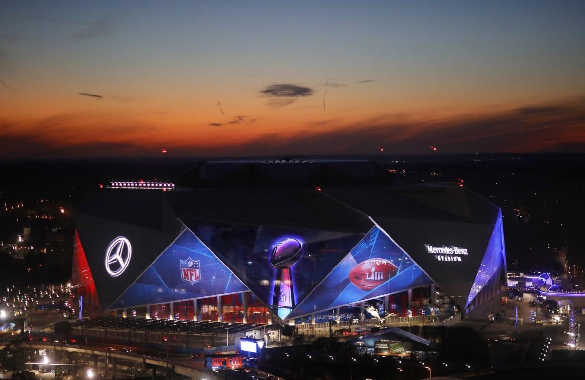 Mercedes Benz Las Vegas >> Mercedes Benz Stadium A Super Bowl Example For Las Vegas To Emulate