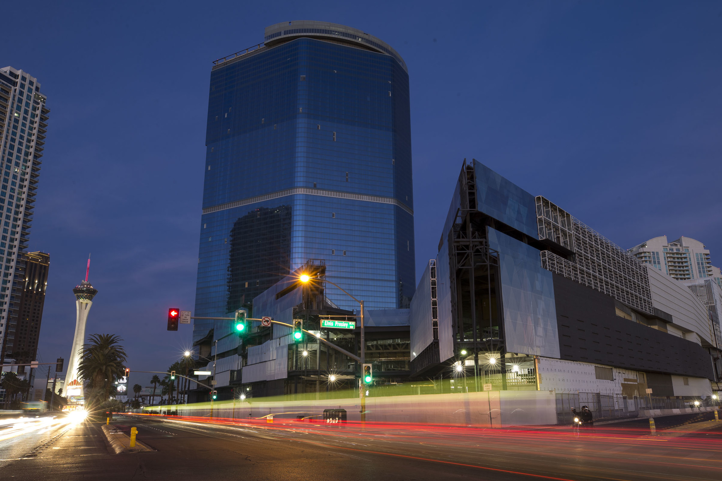 The Drew Formerly The Fontainebleau On The Las Vegas Strip Richard Brian Las Vegas Review Journal