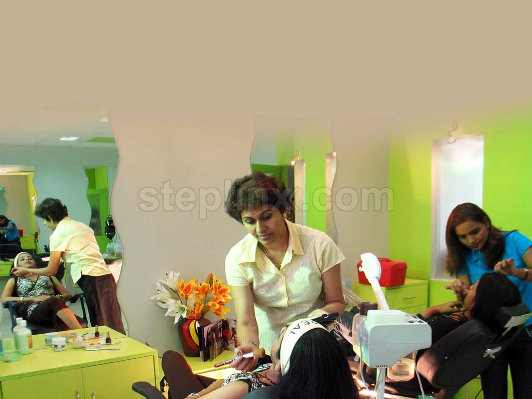 Teja Sri Beauty Clinic