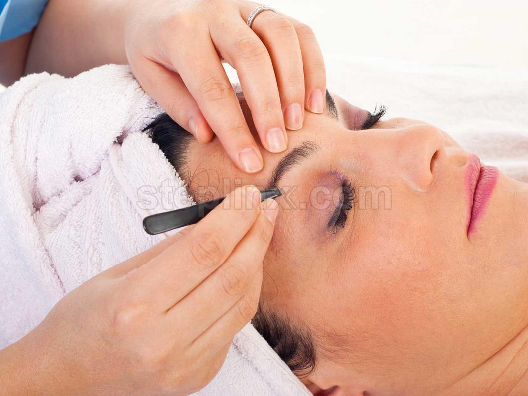 W The Hair Studio & Beauty