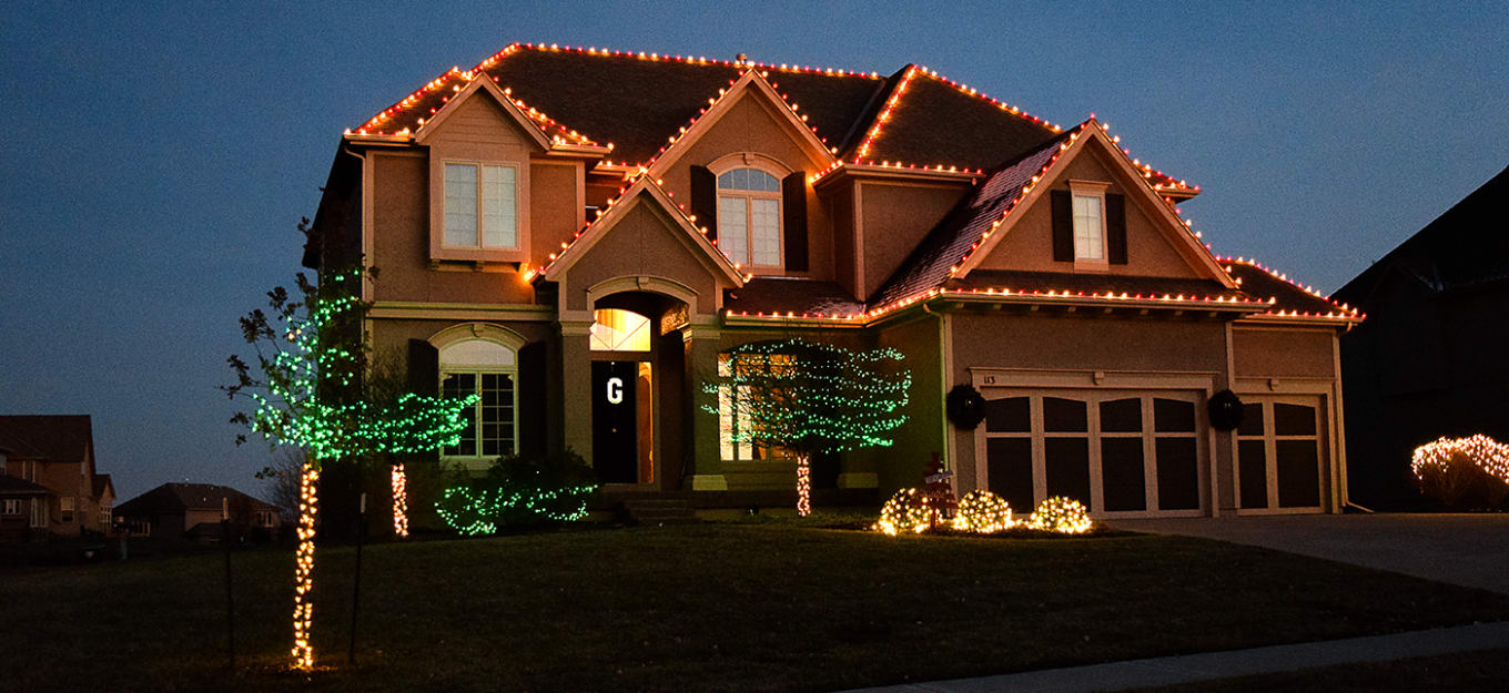 Holiday Lighting Red & White Incandescent