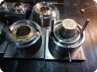 China thin wall container mould