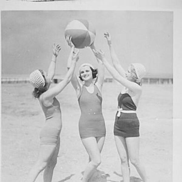 Sunday Shenanigans Summer Ball(s)  at Mascara Bar promotional image