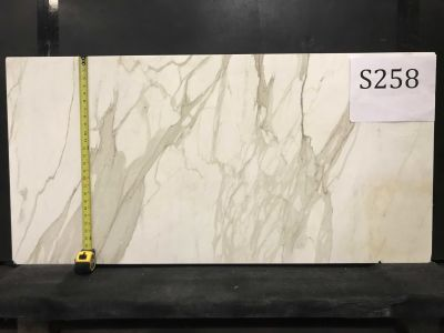 gray, white marble Calacatta Honeycombed