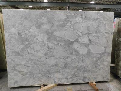 gray, white quartzite Super White