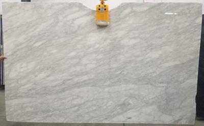 gold, gray marble CALACATTA NUVOLATO