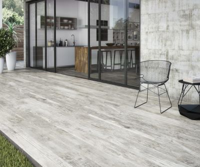 white, beige porcelain Grove Wood Snow