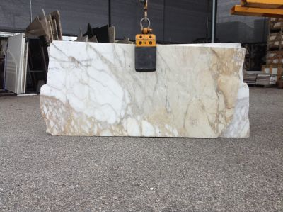 gold, white marble CALACATTA GOLD