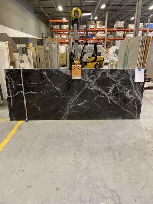 black, white marble Gran Marquee