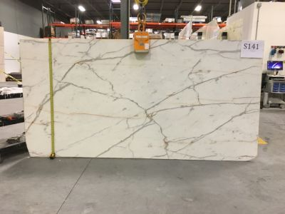 gray, white marble Calacatta Statuary Gold