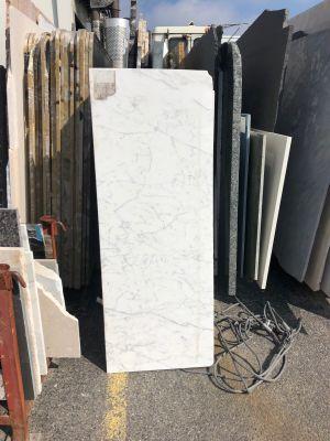 gray, white marble Statuaretto