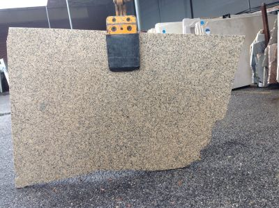 black, tan, yellow granite Remnant Crystal Yellow