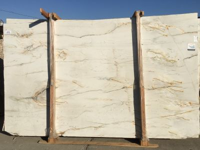 gray, tan, white quartzite Mont Blanc