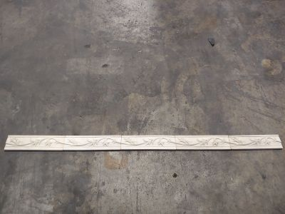 white, beige ceramic 3x10 Murano Cast Border